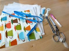 If you weren't able to make it to our free mini-class on how to make potholders, or you just want a reminder of what we covered in the class, check out the tutorial below. Potholders are a quick and easy way to brighten up your kitchen decor! To make these cute-as-a-button potholders, you'll need: Two … Continued
