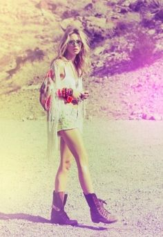 ☼ - Gillian Zinser... my favorite aactress when it comes to style !!!!!!!