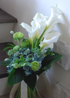New wedding blue bouquet calla lilies 26 ideas Lily Bouquet, Blue Bouquet, Calla Lillies, Calla Lily, Blue Silver Weddings, Wedding Blue, Trendy Wedding, Bridal Flowers, Flower Bouquet Wedding