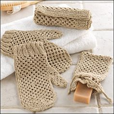 Yourself Spa Set. Or can make your very own for those who know how to knit or crochet'.Pamper Yourself Spa Set. Or can make your very own for those who know how to knit or crochet'. Crochet Kitchen, Crochet Home, Knit Or Crochet, Crochet Gifts, Lace Patterns, Knitting Patterns, Crochet Patterns, Creative Knitting, Crochet Dishcloths