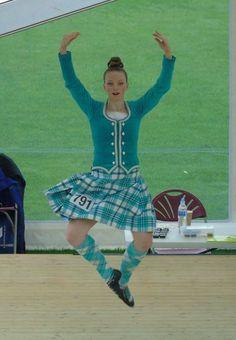 Scottish Highland Dance, Scottish Highlands, Mint, Outfits, Suits, Highlands, Kleding, Outfit, Peppermint