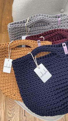 Diy Crafts - Diy Crafts - gifts,handmade-christmas gifts handmade crochet handmade knittingandcrochet knitting and crochet videos Crotchet Bags, Knitted Bags, Knit Bag, Bag Pattern Free, Tote Pattern, Crochet Handbags, Crochet Purses, Clutch En Crochet, Diy Crochet Purse