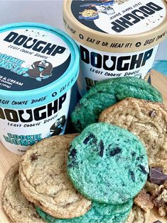 We keep it real with what's in our cookie dough. Our dough is a simple recipe starting with six all natural ingredients you can find in your kitchen: flour, butter, brown sugar, vanilla, flaxseed, and baking soda. 🍪 On top of that, because we use an egg-substitute and heat-treated flour, there's NO risk of getting sick. Dig into our cookie dough 100% safely! 🤘 Photo credit to #certifiedspoonlicker @kaylasbeenhere on Instagram! Edible Cookie Dough, Chocolate Chip Cookie Dough, Smores Cookies, Substitute For Egg, Sprinkle Cookies, Rainbow Sprinkles, Flaxseed, How To Make Cookies, Cookies And Cream