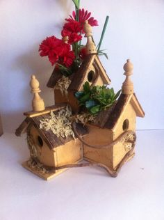 Vintage hand made bird house and planter base by LoreNovedades, $55.00
