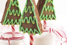 Chocolate sponge triangles with clever festive icing and edible baubles