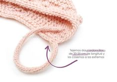 Capota de bebe de punto bobo de lana tejida a dos agujas - Patrón y tutorial DIY Baby Knitting Patterns, Baby Cardigan Knitting Pattern, Baby Hats Knitting, Knitted Hats, Knitting Ideas, Baby Shower Photo Booth, Crochet Cap, Baby Dress, Accessories