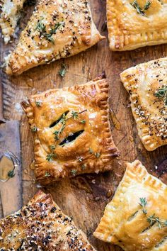 Caramelized Onion, Spinach, and Cheddar Flaky Pastries. (Half Baked Harvest) Caramelized Onion, Spinach, and Cheddar Flaky Pastries. Puff Pastry Dough, Flaky Pastry, Spinach Puff Pastry, Puff Pastry Recipes Savory, Cheese Pastry, New Year's Eve Appetizers, Appetizer Recipes, Party Appetizers, Shrimp Recipes