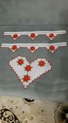 Filet Crochet, Crochet Doilies, Crochet Stitches, Baby Booties, Booty, Flower, Bangs For Round Face, Hairstyle Man, Pintura