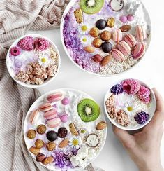 Tygodniowy jadłospis od Ewy Chodakowskiej Pastel Candy, Acai Berry, No Equipment Workout, Workout Programs, Acai Bowl, Berries, Food And Drink, Healthy Recipes, Healthy Food
