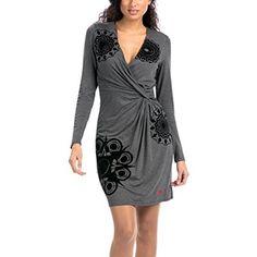 Chollo en Amazon España: Vestido Desigual Celia por solo 39,95€ (un 60% de descuento sobre el precio de venta recomendado y precio mínimo histórico)
