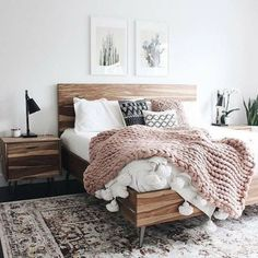 Young adult bedroom ideas / Cute small bedroom decor for teen girls.bedding for young female / woman.bedroom ideas for young lady in their Vintage Bedroom Decor, Home Decor Bedroom, Design Bedroom, Bedroom Inspo, Wood Bedroom Furniture, Grey Furniture, Furniture Design, Furniture Outlet, White Bedroom Brown Furniture
