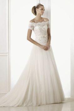 pronovias-2015-wedding-dresses-BENTE_A.jpg (660×995)