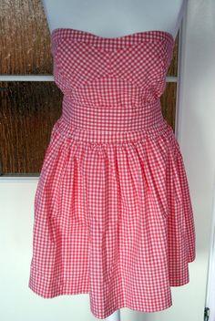 http://www.vinted.pl/members/580088-magicznewieszaki  #fashion #dresses