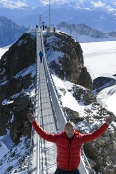 Peak Walk by Tissot, Switzerland (two mountain peaks connected with a bridge) Places To Travel, Places To See, Switzerland Itinerary, Carlsbad Caverns National Park, Lucerne Switzerland, Suspension Bridge, Swiss Alps, Walking By, Wanderlust Travel