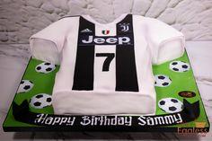 Juventus T-shirt Cake.