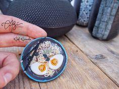 OOAK Magnete da frigo con Ramen in Fimo. COLLAB. CiBì meets ColCavolo. Regalo per casa nuova, regalo per amici, regalo casa di CibHandmade su Etsy Types Of Mold, Uv Resin, Blue And Silver, Ramen, Polymer Clay, Handmade, Instagram, Home, Gift
