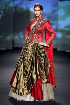 Anju Modi for Delhi Couture Week