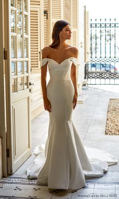 Princess Wedding Dresses, Designer Wedding Dresses, Bridal Dresses, Off Shoulder Wedding Dress, Bride Hairstyles, Bridal Lace, Bridal Boutique, White Lace, Ball Gowns