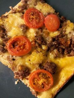 Love for all seasons. Best Low Carb Recipes, Fodmap Recipes, Meat Recipes, Cooking Recipes, Healthy Recipes, Salty Foods, Salty Snacks, Taco Dip, Omelet