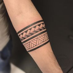 Maori tattoos – Tattoos And Maori Tattoos, Hand Tattoos, Viking Tattoos, Body Art Tattoos, Sleeve Tattoos, Ankle Band Tattoo, Tribal Band Tattoo, Tribal Forearm Tattoos, Band Tattoo Designs