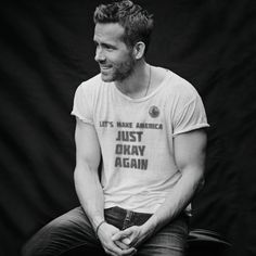 "Ryan Reynolds no Instagram: ""Today, Guam. Tomorrow? Also Guam."""