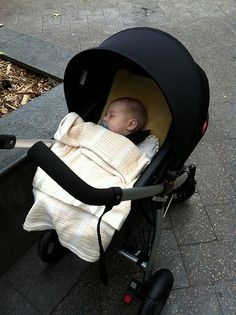 The smart way to get around! #strollers #smart #philandteds http://blog.strollersandprams.com/2012/02/27/the-smart-way-to-get-around-bondi-junction/