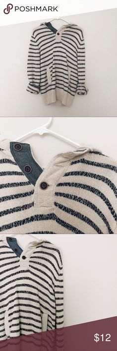 H &M Label of Graded Goods - Striped Knit Hoodie Comfy and casual, dress to go out or wear around the house, this is a perfect staple thats definitely worth getting some use out of for so much versatile wear this is capable of. Men's medium.   MEASUREMENTS:  Length: 20  Bust: 34 H&M Sweaters Shrugs & Ponchos