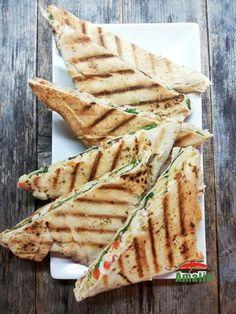 Sandvisuri calde cu lipie Gouda, Ciabatta, Bread, Ethnic Recipes, Brot, Baking, Breads, Buns
