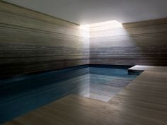 One of my project for Finchatton - very proud - Chelsea Townhouse private swimming pool _ London _ Lifschutz Davidson Sandilands Piscina Interior, Spa Interior, Interior Design, Indoor Swimming Pools, Swimming Pool Designs, Lap Pools, Pool Spa, Hotel Pool, Therme Vals