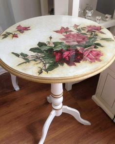 Hand Painted Furniture: Bohemian, Shabby Chic, Table Tops etc. Decoupage Furniture, Decoupage Art, Hand Painted Furniture, Refurbished Furniture, Recycled Furniture, Art Furniture, Shabby Chic Furniture, Furniture Projects, Shabby Chic Decor