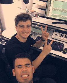 Martin Garrix and Afrojack in the Garrix Lab #martingarrix