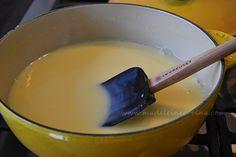 Aprende a hacer crema pastelera en la salsera Le Creuset