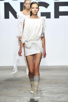 Eu Jeong Hong Spring 2009 RTW (Modern example of Ancient Grecian draping)