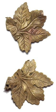Leaf, mount or brooch. Date: 1850 – 1930. Material: copper alloy. Dimensions: 37,3  x 36,7 mm, thickness: 0,5 mm. Weight: 3,4 g. Found: Lancashire 2016. #metaldetecting, # 0356