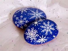 Christmas painting on stones and pebbles: 125 ideas for creativity with children