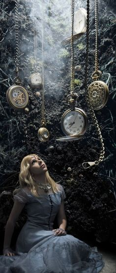 Frozen in time All Alice/karen cox. Alice in Wonderland Lewis Carroll, Foto Fantasy, Fantasy World, Fantasy Art, Alice Liddell, Adventures In Wonderland, Wonderland Alice, Alice In Wonderland Photography, Fantasy Photography