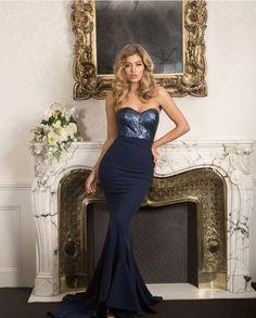 In  with our Vianna Dress | venue @dunbarhousewatsonsbay | florals by @_missadamsflorist_ #whiterunway #bridesmaids #weddings #weddingfash #eveningwear