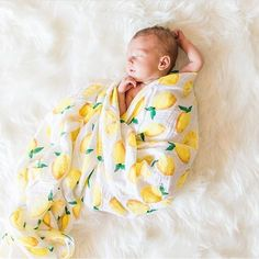 Lucky Mama Baby Muslin Swaddle in Little Lemons Newborn Pictures, Baby Pictures, Baby Photos, Little Babies, Little Ones, Cute Babies, Muslin Swaddle Blanket, Future Baby, Future Daughter