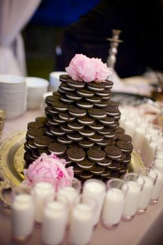 oreo cookie wedding cake 1000 images about oreo wedding favors on 18055