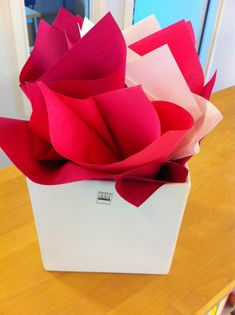 Softlin napkin flowers Napkins, Container, Decorations, Tips, Table, Flowers, Ideas, Towels, Dinner Napkins