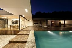 Jupiter is a luxury villa for rent in Skiathos, Greece. The Villa has 6 bedrooms and can host up to 12 guests. Design Exterior, Interior And Exterior, Outdoor Spaces, Indoor Outdoor, Beautiful Modern Homes, Home Studio, Luxury Villa, Interior Architecture, Luxury Homes
