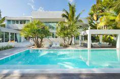 101 Bilder von Pool im Garten - pool-lounge-chair-gazebo-sofas-luxury-house-design