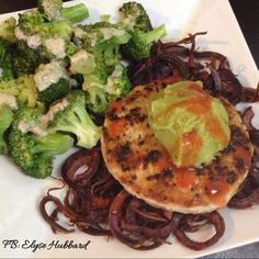 ✨Lunch!✨Nothing fancy-just simple and quick! Steamed broccoli with lemon garlic tahini dressing, spiralized purple Okinawa sweet potato, and a turkey burger with guacamole and red hot ✨ https://www.facebook.com/TeamJERF