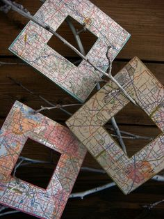Road map picture frames.
