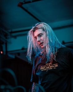 Listen to music from Ghostemane like Mercury: Retrograde, Death by Dishonor & more. Find the latest tracks, albums, and images from Ghostemane. Hip Hop Artists, Music Artists, Art Music, Heavy Metal, Underground Rappers, Doom Metal Bands, Wubba Lubba, Black Mage, Moving To Los Angeles