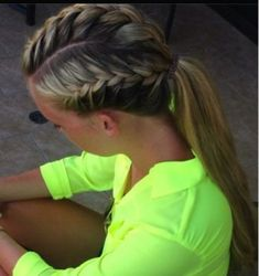 for sports Sporty hairdo. a french braid on both sides and the top pulled into a ponytail. a french braid on both sides and the top pulled into a ponytail! Sporty Ponytail, Braided Ponytail, Ponytail Hairstyles, Girl Hairstyles, Teenage Hairstyles, French Braid Into Ponytail, Braids Into Ponytail, Running Hairstyles, Braid Styles
