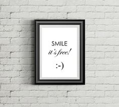 Smile it's free STAMPA  POSTER  wall art di TwoHeartsOnePrint