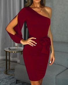 Hot Sale 2019 Fashion Women One Shoulder Dress Sexy Slit Long Sleeve Bodycon Party Dress Elegant Bowknot Night Club Midi Dress Beauty And Fashion, Trend Fashion, Look Fashion, Fashion Clothes, Latest Fashion, Fashion Women, Fashion Dresses, Bodycon Dress With Sleeves, One Sleeve Dress