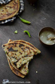 Aloo Paneer Kulcha / Potato & Cottage Cheese Stuffed Indian flatbread (Stove Top Method)