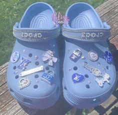 Crocs Slippers, Crocs Shoes, Fuzzy Crocs, Converse Shoes, Swag Shoes, Bling Shoes, Crocs Fashion, Sneakers Fashion, Gucci Sneakers